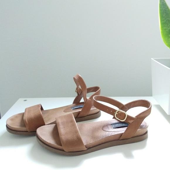 b6f5bfb10bf Steven by Steve Madden Leather Karli sandal. M 5a86f4bf8af1c576597f6fc1